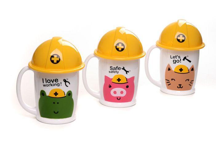 商品名称:安全帽个性卡通水杯